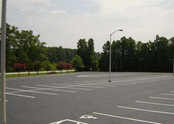 5 Benefits of Parking Lot Striping