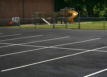 How Does Hot Weather Affect Asphalt Parking Lots? Grand Rapids, MI