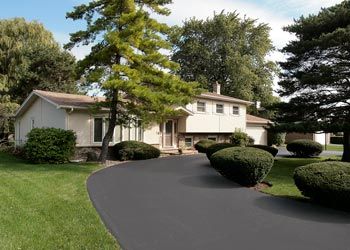 Why Summer is Great for Driveway Sealcoating Grand Rapids, MI